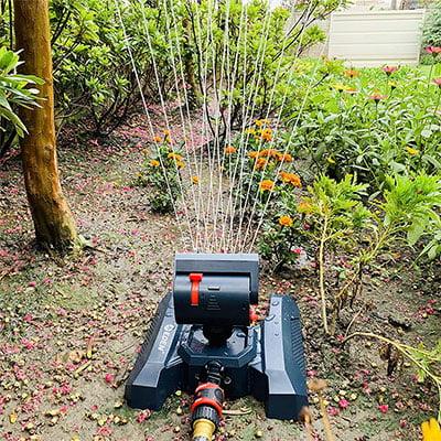 Eden Store Adjustable 4-Way Oscillating Sprinkler